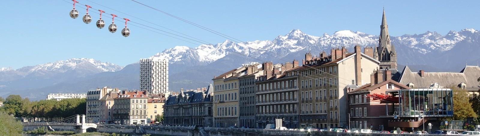 Car park Stade des Alpes / Palais des sports - Park in Grenoble
