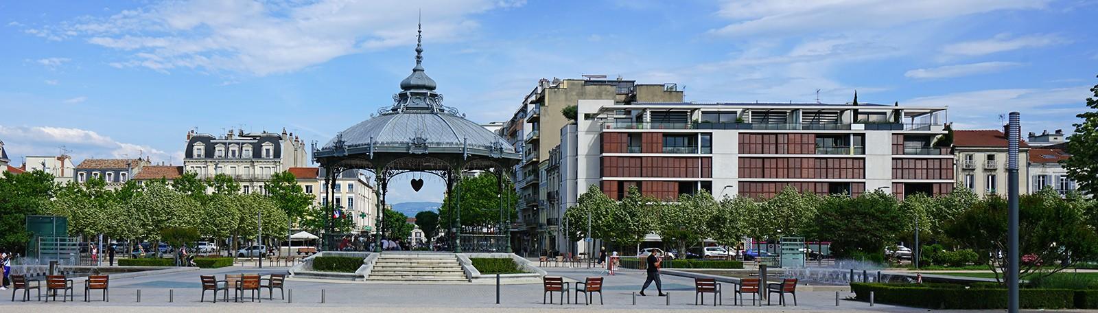 Stationner à Valence Hôtel de Ville