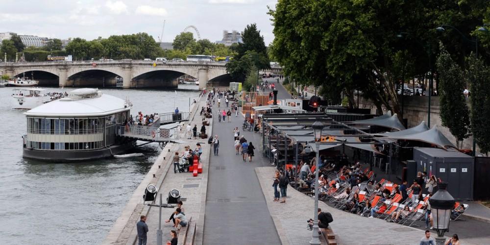 Pedestrian zone Paris