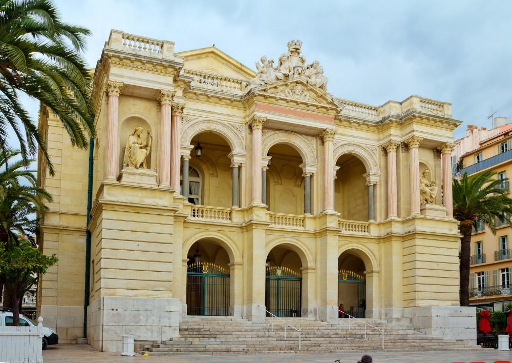 Stationner à l'Opéra de Toulon