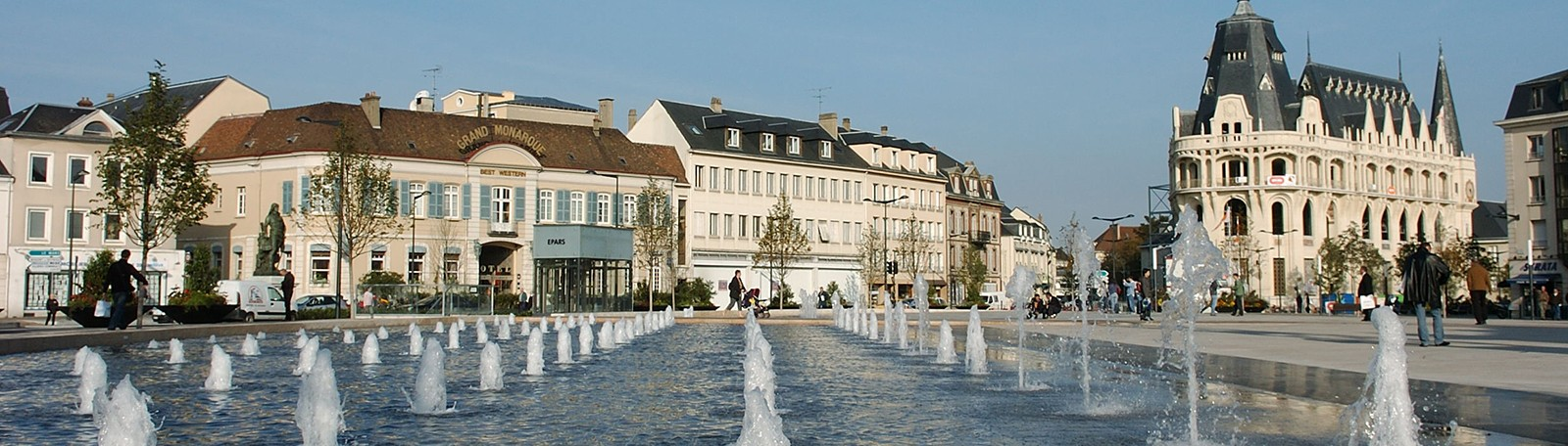 Parking Hôtel de Ville - Parkeren in Chartres   Q-Park